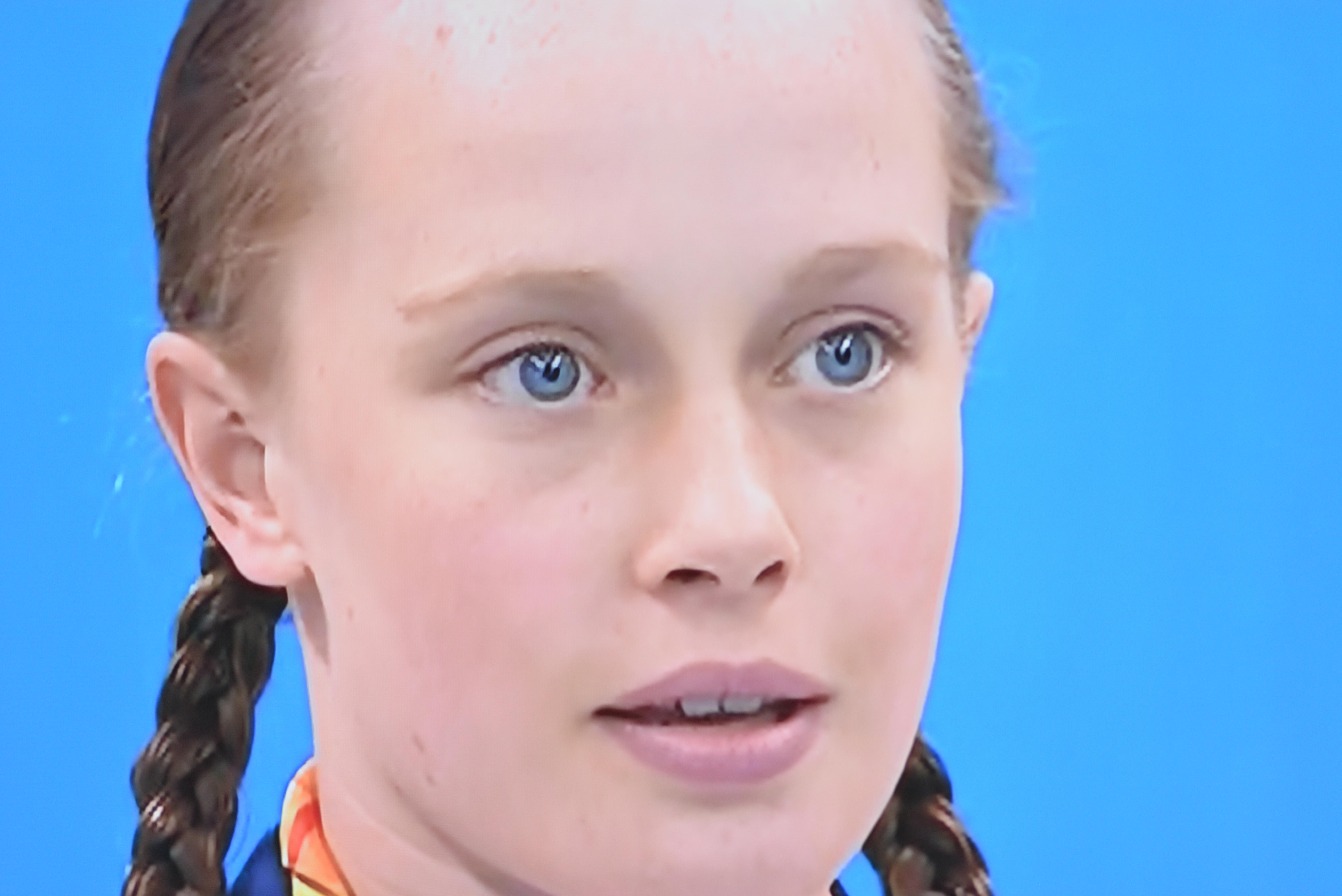 Ellie Robinson Gold