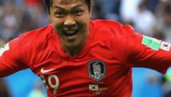 Kim Young-Gwon  scoring opening goal