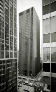 Black Rock CBS building 38 floors, 492 feet tall and 872,000 sqaure feet of rentable space