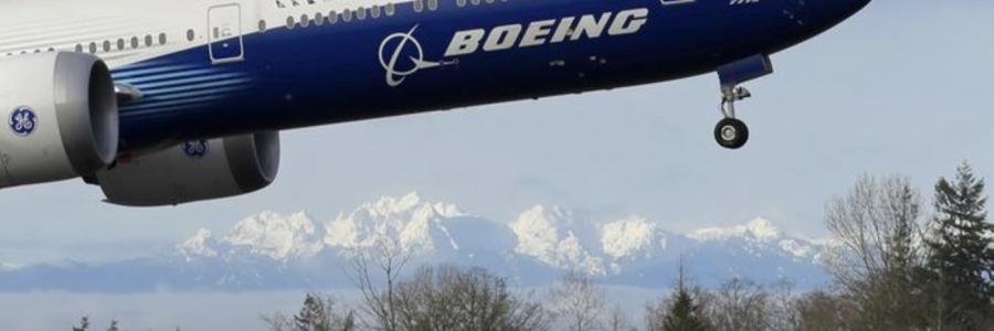 Boeing 777X making its maiden flight