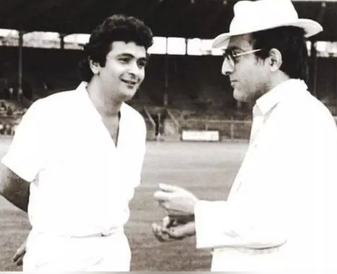Karena Kapoor shares in Instagram picture of her father-in-law Rishi Kapoor meeting Nawab of Patuadi former Indian cricket captain.