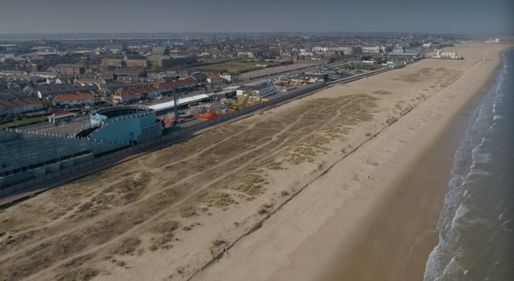 Deserted beach of Great Yarmouth