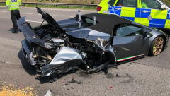 New Lamborgini crashed within 20minutes after purchasing