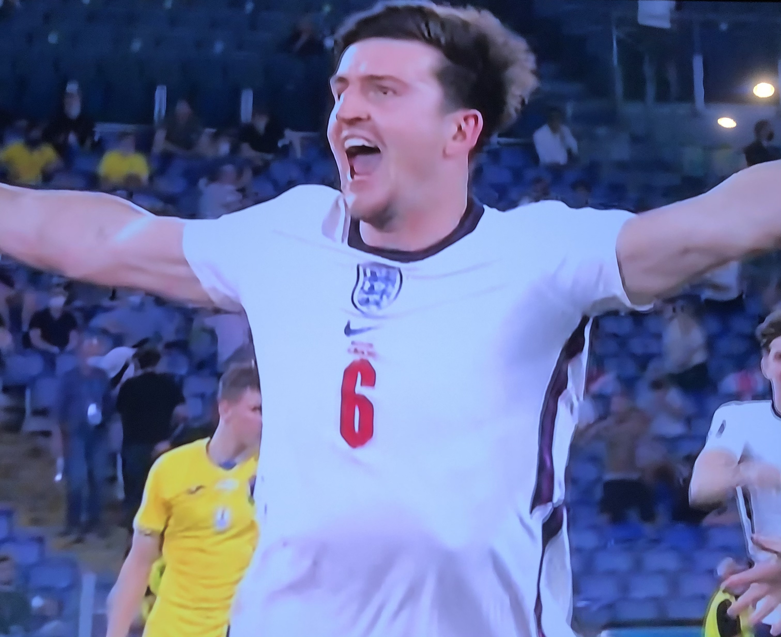 Maguire makes it 2-0