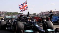 Hamilton win despite crash and penalty