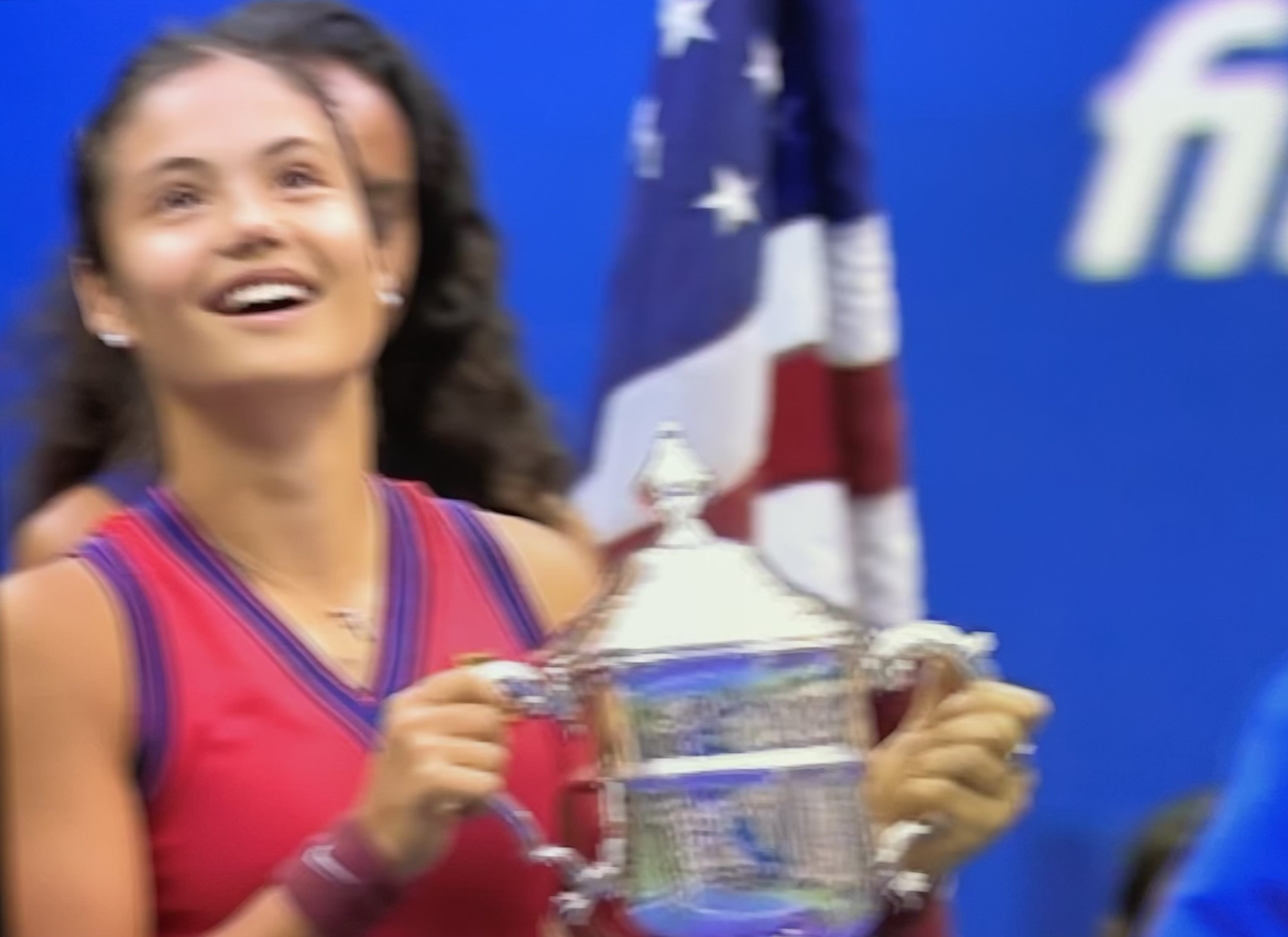 A relaxed Emma with the trophy