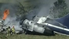Plane crashed soon after takeoff but all 21 people on board escapes